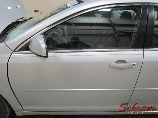 2010 MALIBU Door Assembly, Front center moulding package (holes in door panel, opt B86)